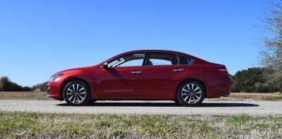 2016 Nissan Altima SL Review 9