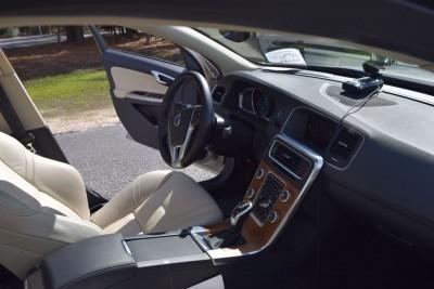 2016 Volvo S60 Inscription - INTERIOR PHOTOS 18