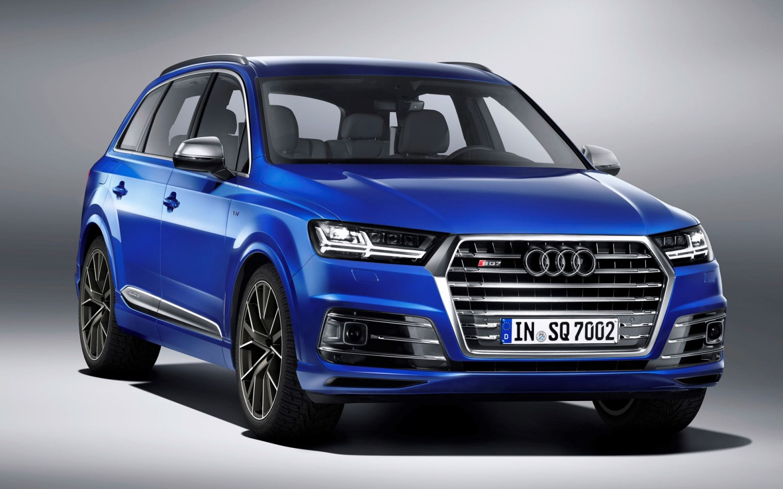 2017 audi sq7 tdi triple turbo diesel v8 is ultimate tax on society car revs. Black Bedroom Furniture Sets. Home Design Ideas