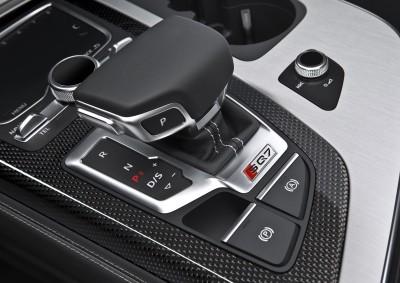2017 Audi SQ7 TDI 27