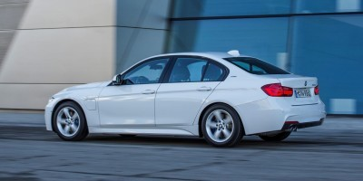 2017 BMW 330e iPerformance 3