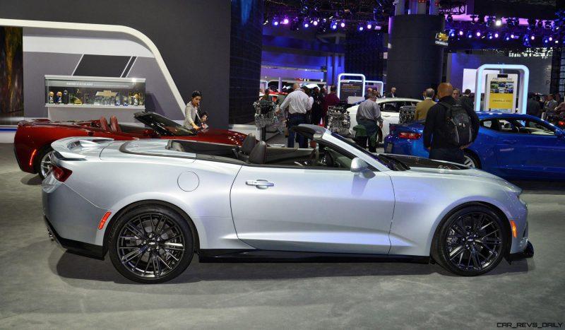 2017 Chevrolet CAMARO ZL1 Convertible5