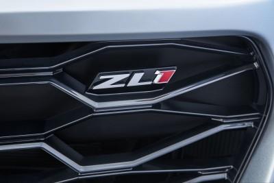2017-Chevrolet-Camaro-ZL1-023