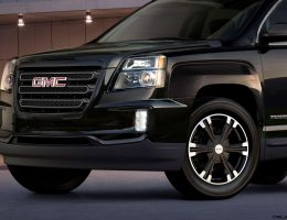 NY Debuts – 2017 GMC Terrain NIGHTFALL Edition