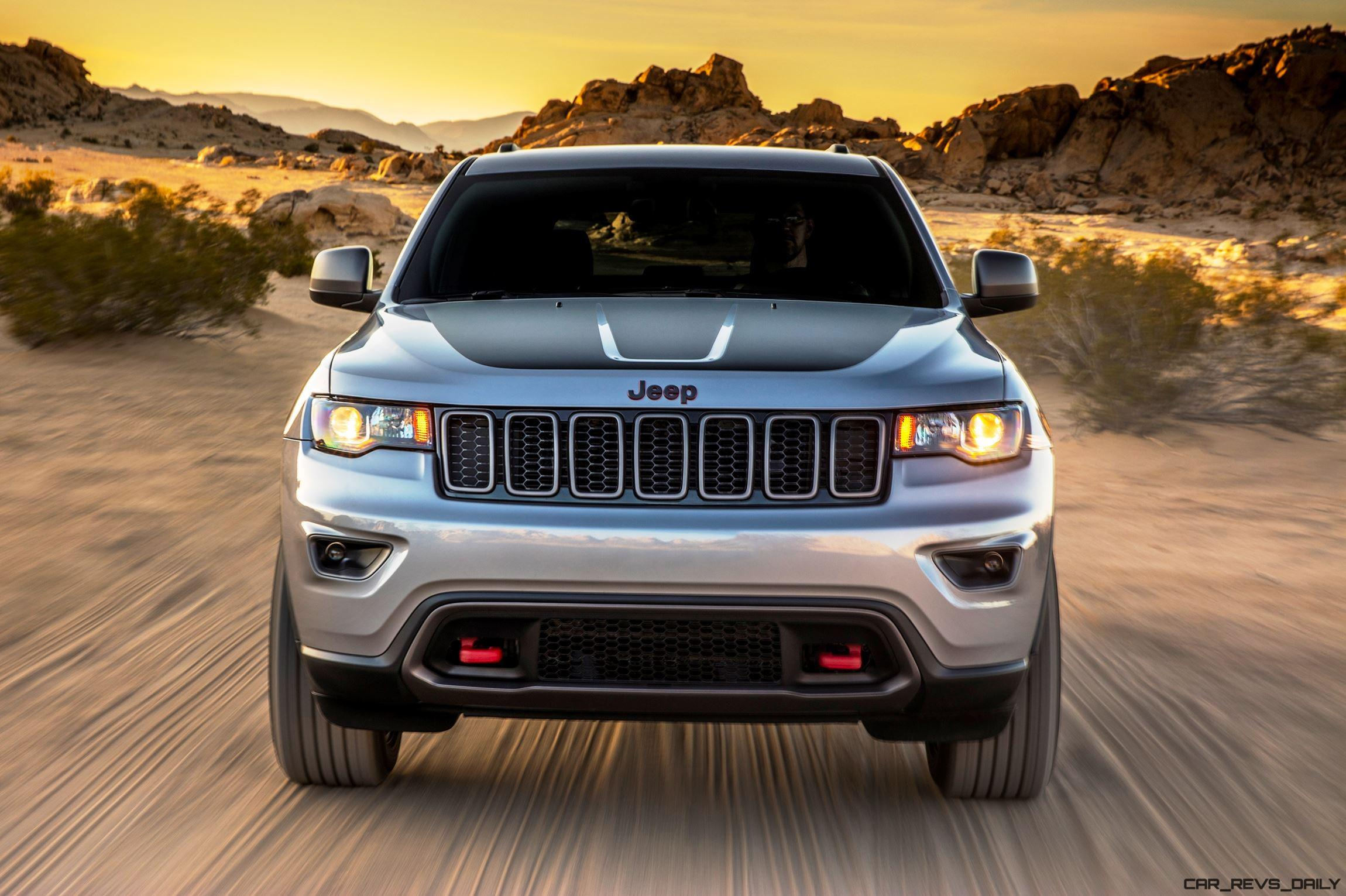 nyias 2017 jeep grand cherokee trailhawk and summit visual comparo vs 2015 car revs. Black Bedroom Furniture Sets. Home Design Ideas