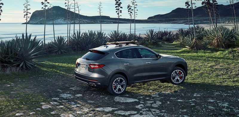 2017 Maserati Levante - Dynamic  Photos  6