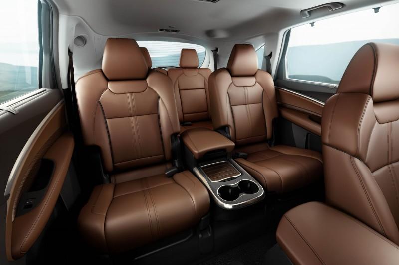 2017_Acura_MDX_Interior___Captain_s_Chairs