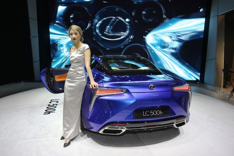 Geneva 2016 – Showfloor Mega Gallery – Part Three 62