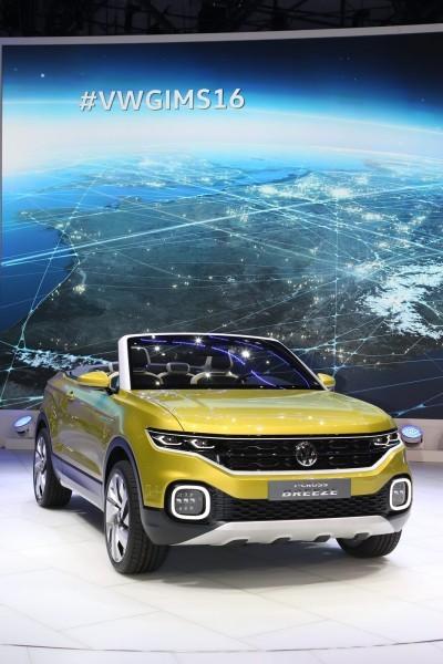 Geneva Auto Show 2016 - Mega Gallery 30