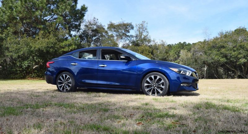 HD Road Test Review - 2016 Nissan Maxima SR 13