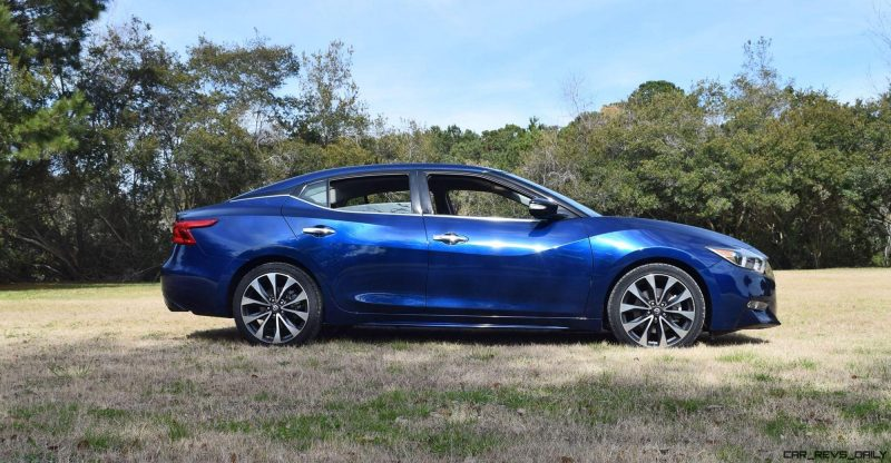 HD Road Test Review - 2016 Nissan Maxima SR 14