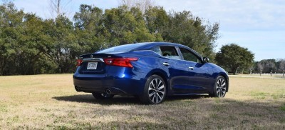 HD Road Test Review - 2016 Nissan Maxima SR 18