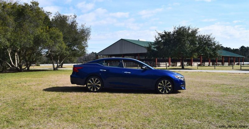 HD Road Test Review - 2016 Nissan Maxima SR 26