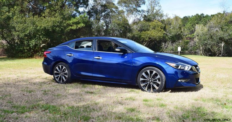 HD Road Test Review - 2016 Nissan Maxima SR 3