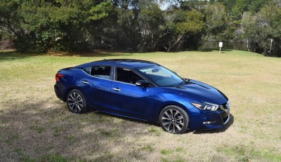 HD Road Test Review - 2016 Nissan Maxima SR 4