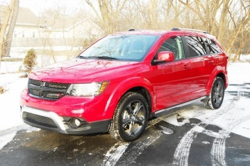 Hawkeye Drives – 2016 Dodge Journey Crossroad Plus AWD Review