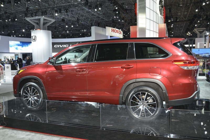 PART THREE – #NYIAS Showfloor Mega Gallery 3