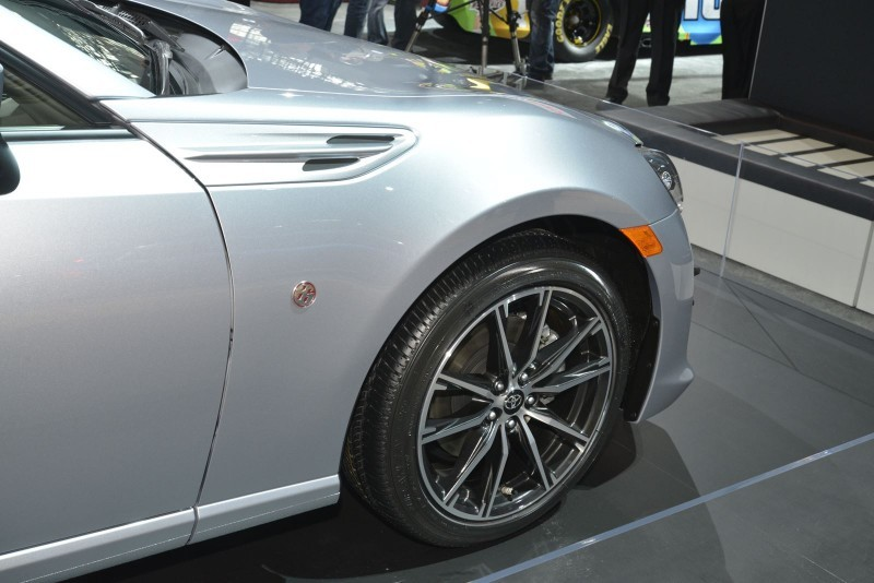 PART THREE – #NYIAS Showfloor Mega Gallery 44