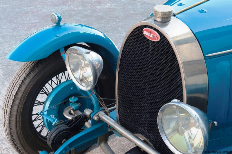 RM Monaco 2016 - 1928 Bugatti Type 40 Boattail Speedster 7