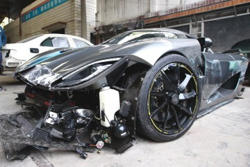 koenigsegg-agera-car-crash