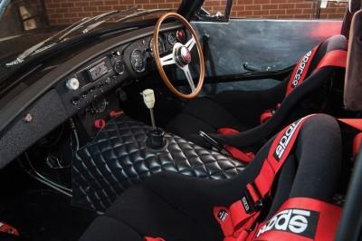 1969 MG MGC GTS Sebring 12