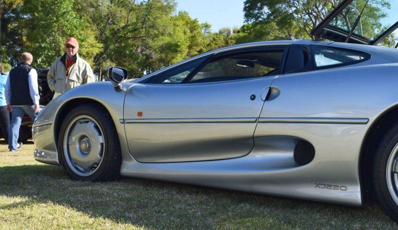 1994 Jaguar XJ220 15