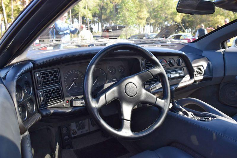 1994 Jaguar XJ220 21