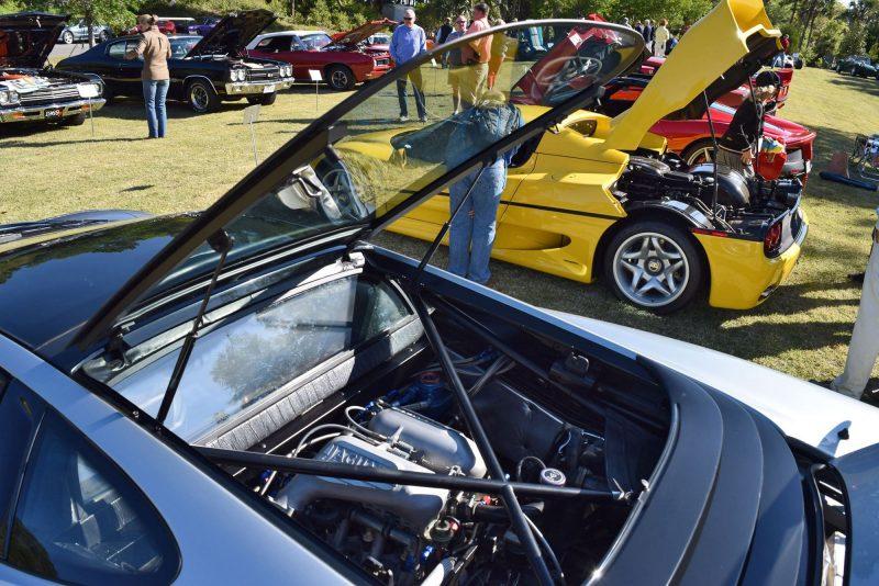 1994 Jaguar XJ220 24
