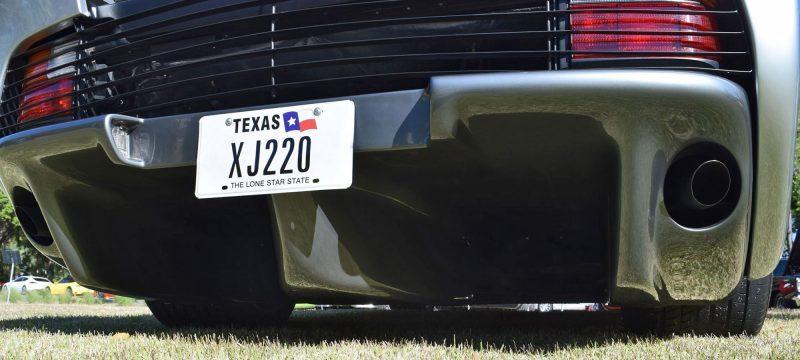 1994 Jaguar XJ220 29