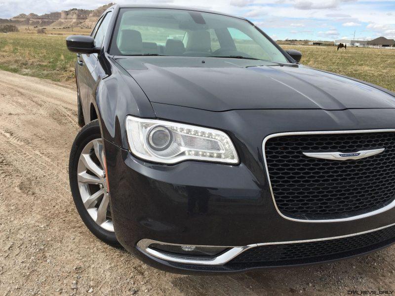 2016 Chrysler 300 Limited 5