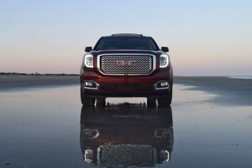 2016 GMC YUKON DENALI Review 28