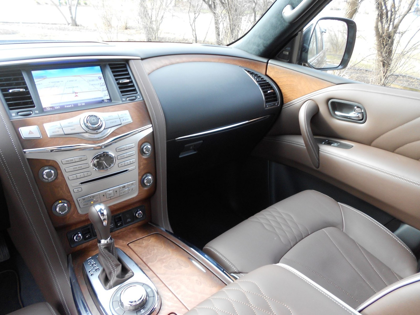 Road Test Review - 2016 INFINITI QX80 Limited with Ken ...