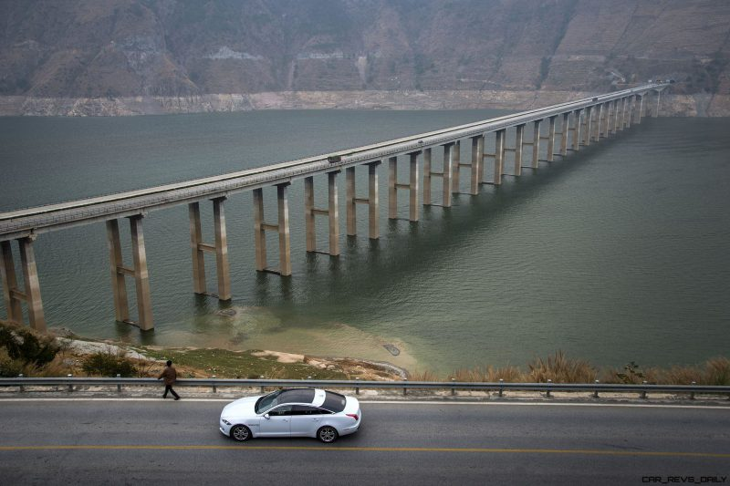 2016 Jaguar XJ Skyroad Paxi Expressway China 3