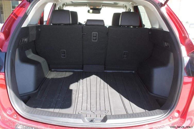 road test review 2016 mazda cx 5 by tim esterdahl. Black Bedroom Furniture Sets. Home Design Ideas