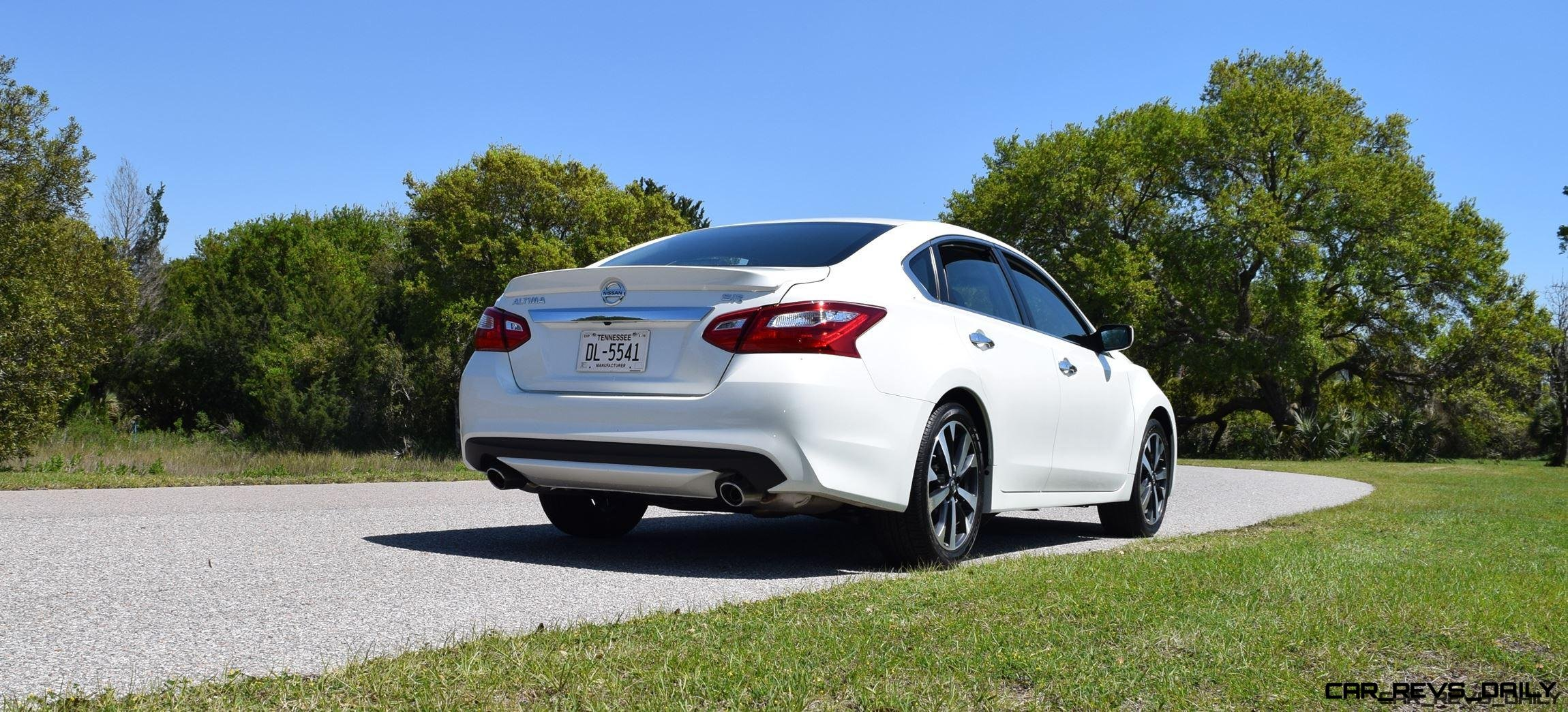2016 Nissan Altima 2 5 Sr >> 2016 Nissan Altima 2 5 Sr Hd Road Test Review Drive