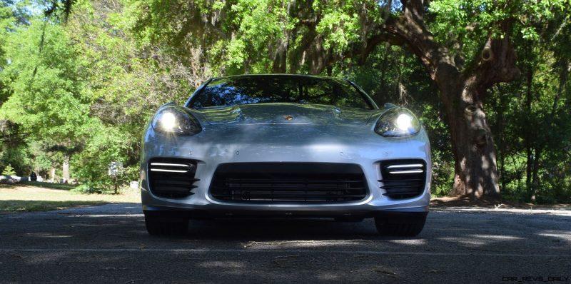 2016 Porsche Panamera GTS 27