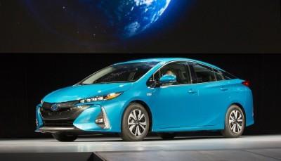 2016_NYIAS_Toyota_Prius_Prime_1_0E1956CCE800A6A8E4F35D1FBEF82E8F8D09FE99