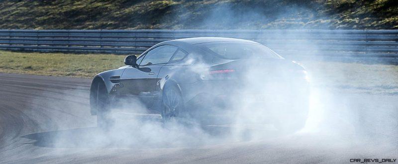 2017 Aston Martin V12 Vantage S 30