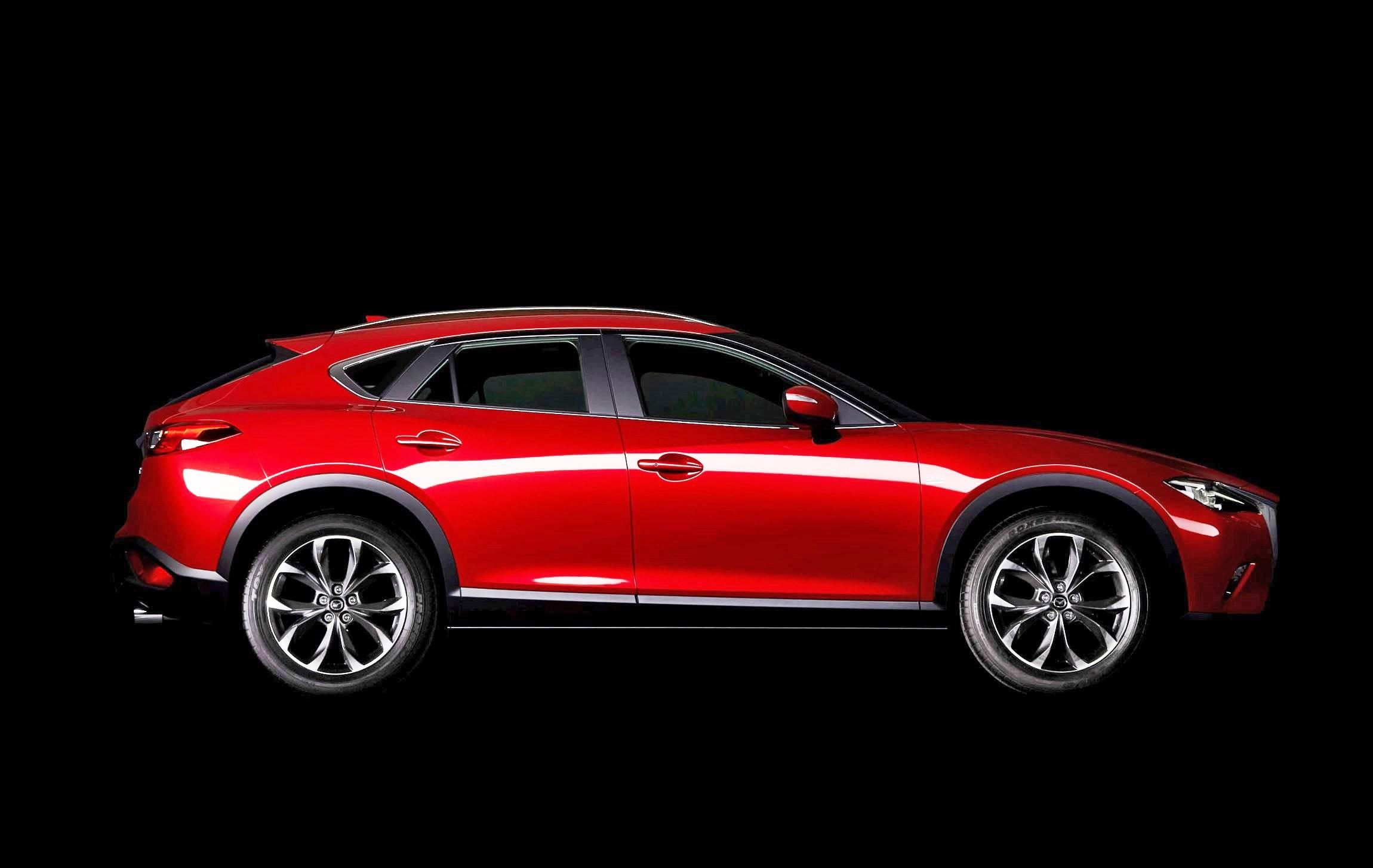2018 - [Mazda] 3 IV - Page 4 2017-Mazda-CX-4-2