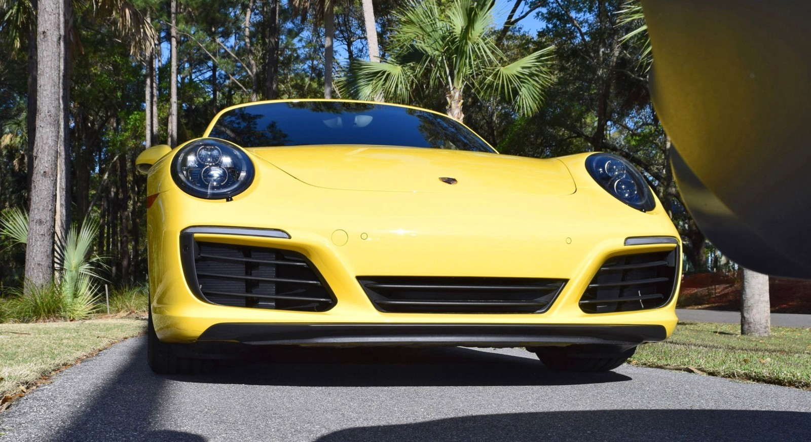 2017 Porsche 911 Carrera S – RACE YELLOW 11