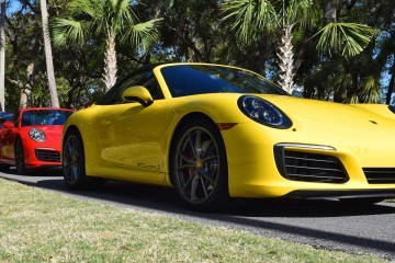 2017 Porsche 911 Carrera S – RACE YELLOW 7