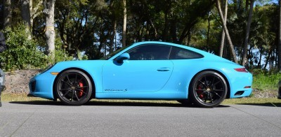 2017 Porsche 911 Miami Blue 3