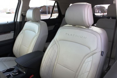 Ford Explorer Platinum INTERIOR Review Photos  by Tim Esterdahl 11