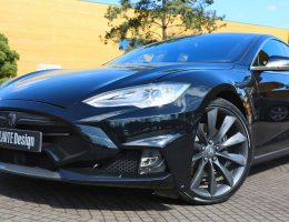 LARTE Design TESLA Model S P85D Elizabeta Mods Are Hot!