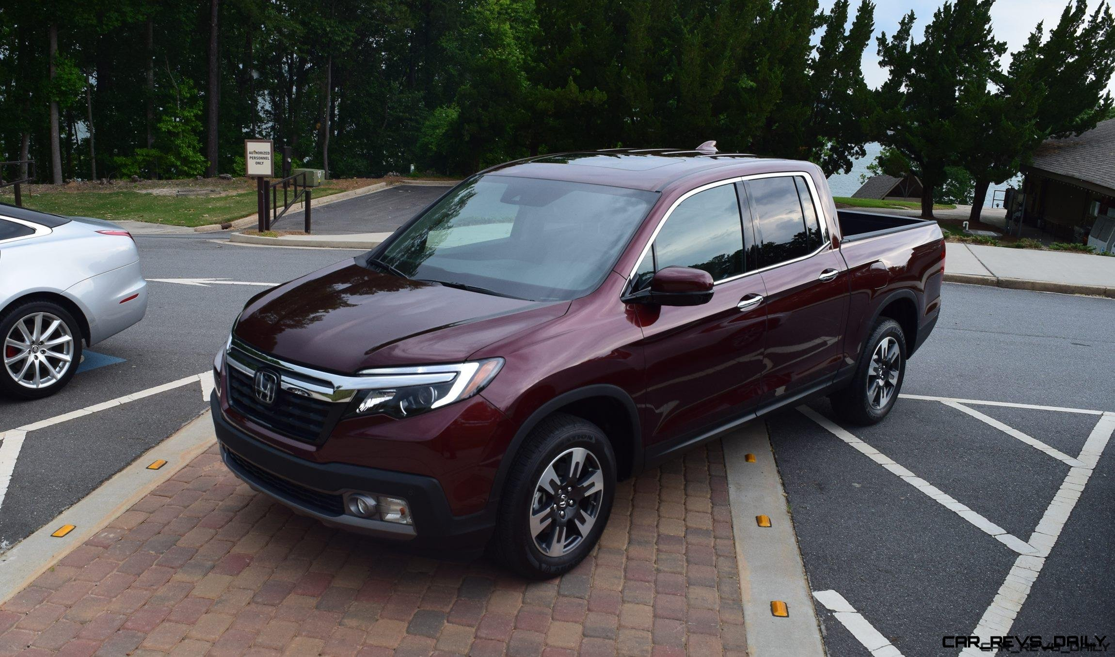 price ridgeline specs and awd car photos driver reviews honda truck