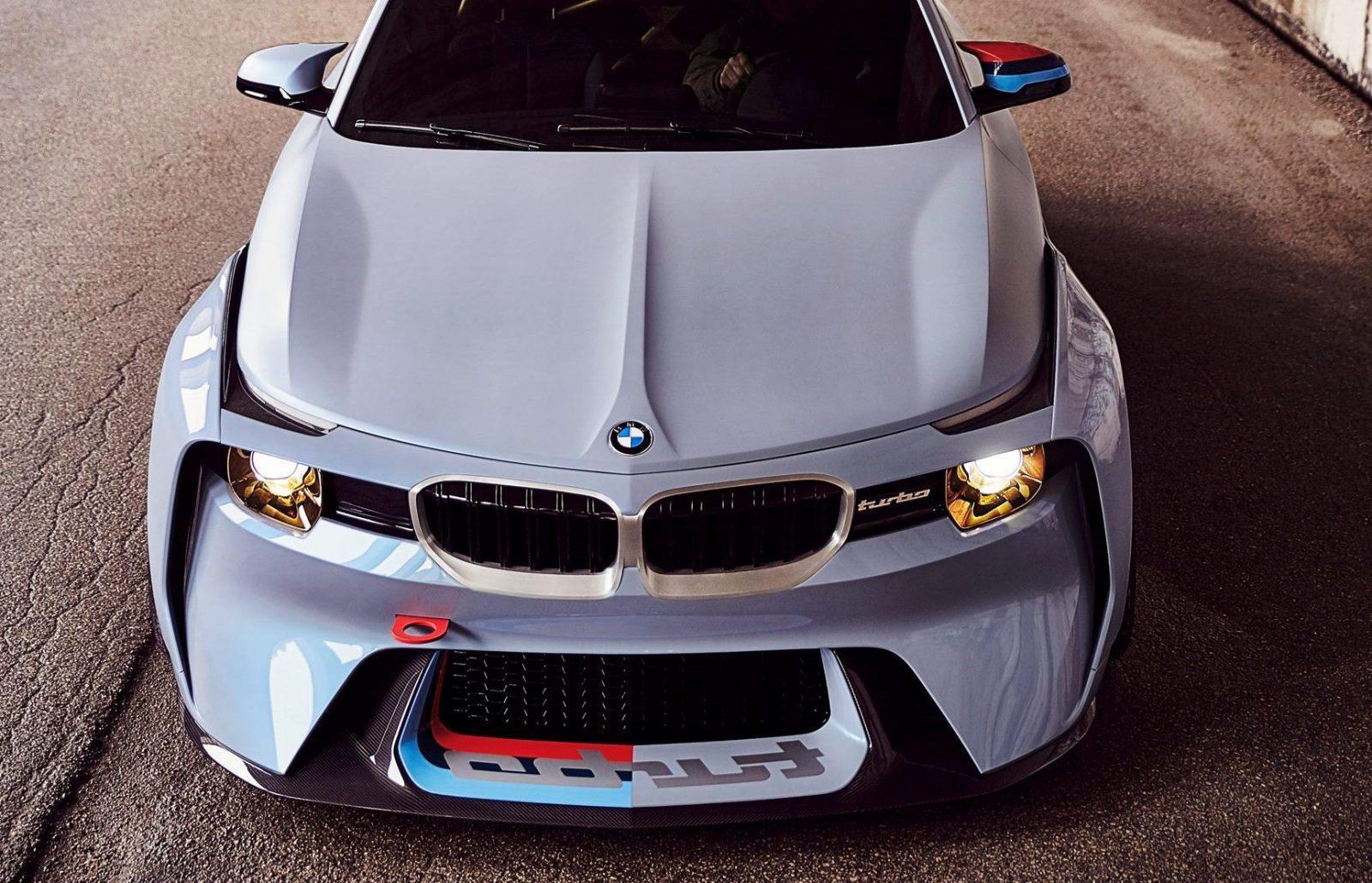 BMW 2002 Hommage 4