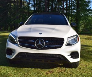 first drive review 2016 mercedes benz glc300 4matic hd video and 66 pics. Black Bedroom Furniture Sets. Home Design Ideas