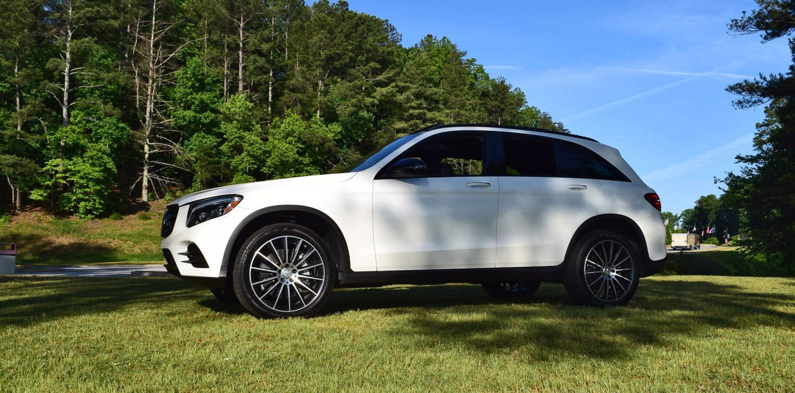 Mercedes benz glc 44 for Mercedes benz glc 300 accessories