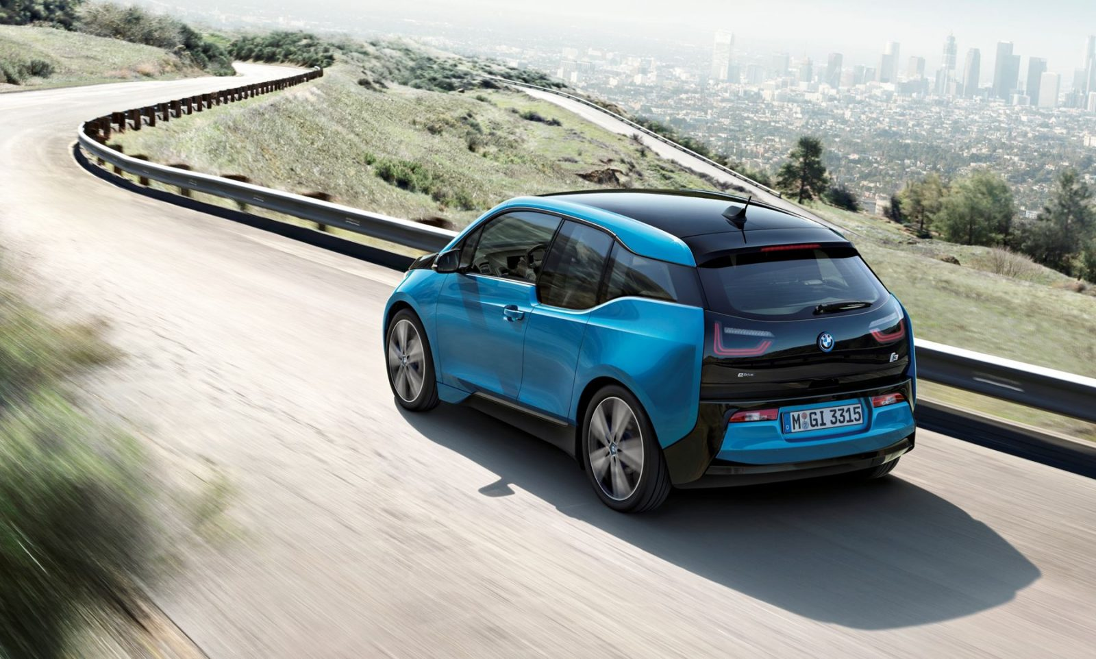 bmw unveils updated 2017 i3 with giant new 33kwh battery. Black Bedroom Furniture Sets. Home Design Ideas