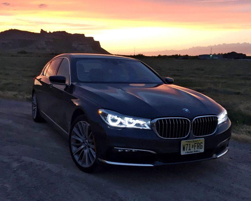 2016 BMW 750i  Exterior 5